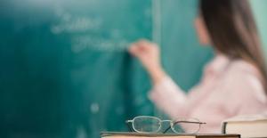 En Az 60 Bin Öğretmen Ataması Yapılmalıdır