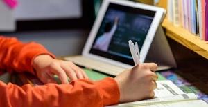 Pandemi Süreci Uzaktan Eğitimin Değerlendirilmesi Konulu Resmi Yazı